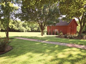 historic-barns-bonham-texas-for-rent