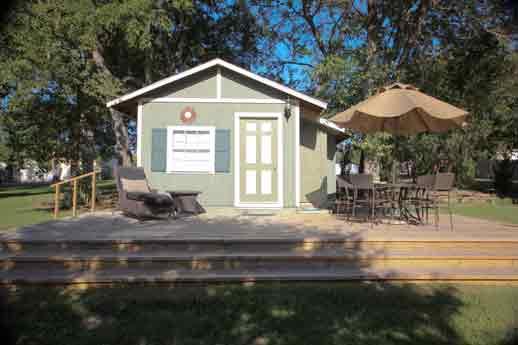 outdoor-cottage-bonham-texas